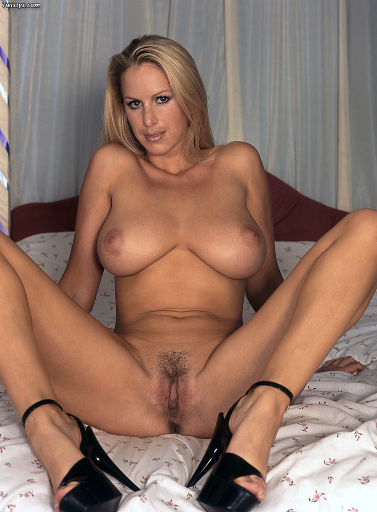 Adele blonde milf with big tits camaster 8